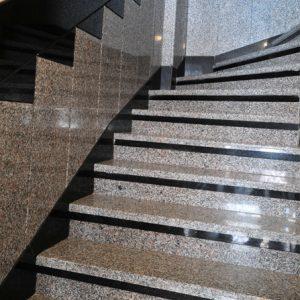 granit-merdiven-kaplama
